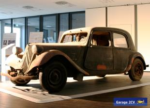 Scheunenfund: Einer von nur 1.823 in den Jahren 1935 und 1936 hergestellten Traction Avant aus Köln. Bild. Garage 2CV