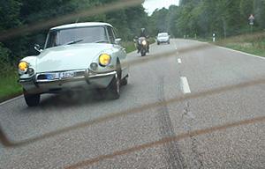 Überholt: Schöne Citroën DS aus Panhard-Fond, Speyer 2011