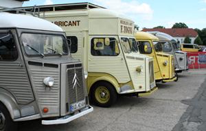 Erste Nachkriegsbaureihe von Citroën_ H-Typen auf dem Jubiläumstreffen 50 Jahre ACC in Speyer 2011