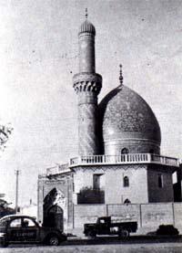 Moschee in Bagdad mit 2CV