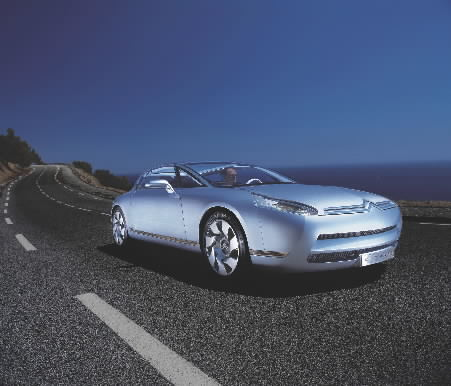 Copright: Garage2cv / Citroën Communication 2003
