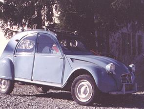 2CVA im Alltagseinsatz Corps/November 1999 Bild:garage2cv 2003