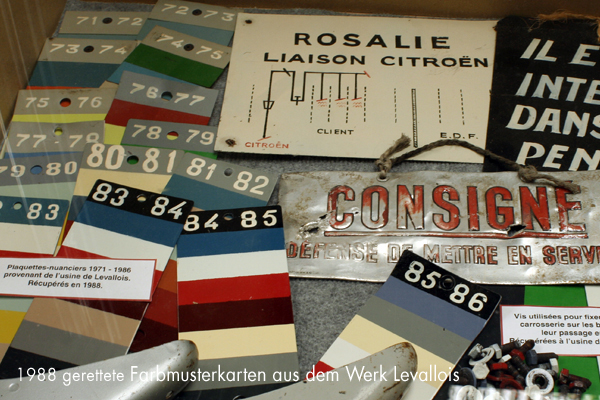 Farbmusterkarten der 2CV-Produktion in Levallois - garage2cv.de