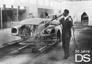 Bevor das Werk Aulnay die Produktion des Nachfolgemodells CX aufnimmt, entstehen dort zu Testzwecken auch D-Modelle, Bild Frühjahr 1974. Der überwiegende Teil von DS wird allerdings am Quai de Javel in Paris produziert.