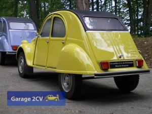 Die 2CV-Miniaturen im Maßstab 1/4 sind echte Meisterwerke und 0je nach Perspektive kaum von Originalen zu unterscheiden. (Foto: Christophe Goujon/garage2cv.de)