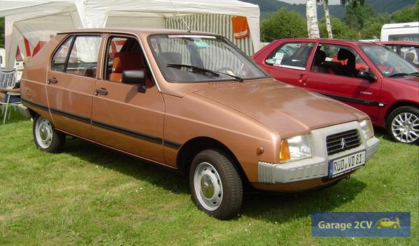 In diesem Zustand sehr selten: Citroën VISA der ersten Bauserie zwischen 1978 und 1981 in zeittypischem Goldmetallic. Bild: Tanja Stieg / Archiv garage2cv