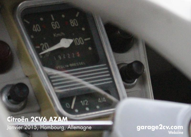 """Die Aufschrift """"Veglia Bressel"""" unterscheidet Tachometer aus spanischer Produktion von ihren französischen Pendants. Bild: Jan Eggermann/Archiv garage2cv"""